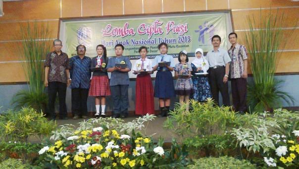 juara 3 puisi dindik  jawa timur 2013 hari anak nasional