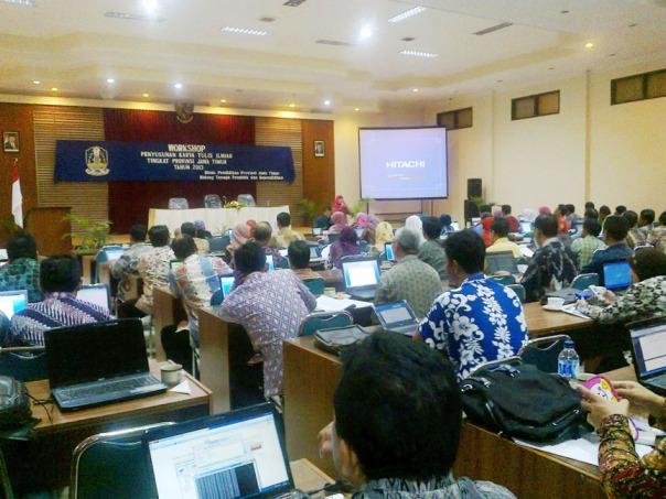 workshop penyusunan karya tulis ilmiah tingkat propinsi jawa timur 2013