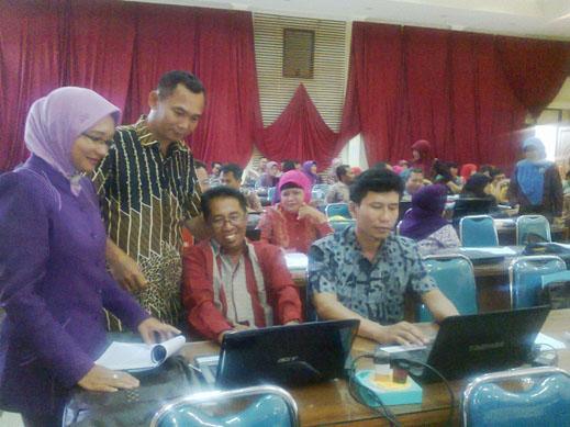 workshop penyusunan karya tulis ilmiah tingkat propinsi jawa timur5