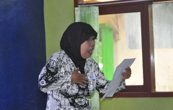 Ibu Fatokah dari Ranting 4 jadi juara 3