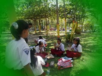 """siswa-siswi desa juga pernah ikut try out di sekolah kota, mengukur kemampuan desa dengan kota """"sekolah boleh desa, otak tidak ndesani"""""""
