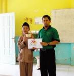 menghargai karya siswa juara satu alwy