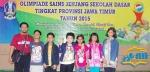 foto bersama dengan peserta