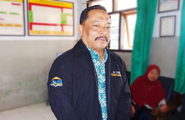 Bp. Bambang Sutejo, S.Pd. MM. Kepala Sekolah SDN Jambekumbu 01 Kec. Pasrujambe Kab. Lumajang
